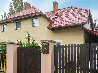 Stunning apartment in Siófok w/ WiFi and 3 Bedrooms