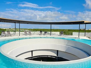 Panoramic A 201- Luxurious Studio Condo with panoramic pool By Salt- Kisses