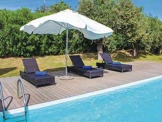 Stunning home in Perdika w/ Outdoor swimming pool, Outdoor swimming pool and 4 B