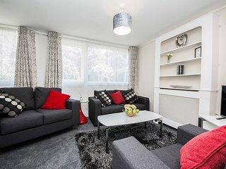 Spacious 3-Bed Home - Close to Southampton Hospital