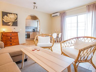 Torrox Villa Sleeps 10 with Pool and Air Con - 5809819