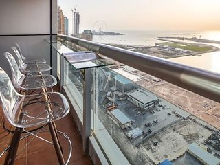 Sublime 2BR with Full Sea Views in Dubai Marina