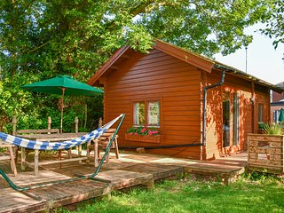 Orchard Cabin, Welland