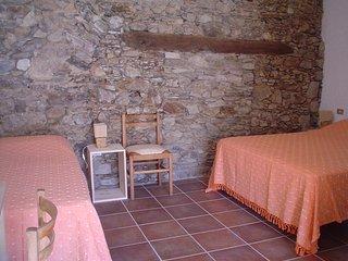 Camera 4 - B&B Calabria,con camere ricavate nei locali di un vecchio panificio