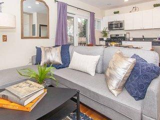 Stayloom's Historic Designer Duplex | near T