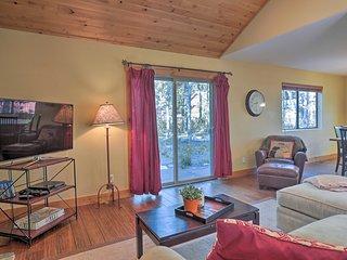 Cozy Home, 5 mins to Lake Tahoe & Homewood!