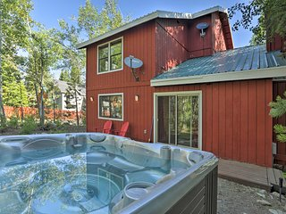 NEW! Cozy Home, 5 mins to Lake Tahoe & Homewood!