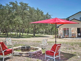 NEW! Modern New Braunfels Apt~13 Mi to Canyon Lake