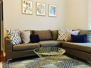 Stayloom's Bright & Beautiful Abode | near Boston