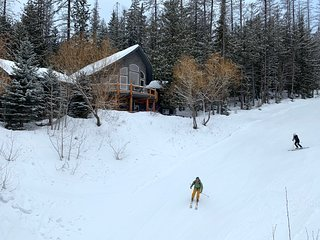 Ski Right to Your Doorstep | True Ski In/Out Location | Swim Spa and Steam Room