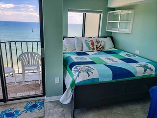 Oceanfront Condo~Palace 1404
