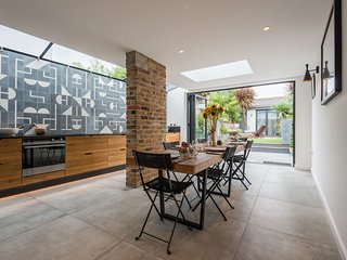 Beautiful Chiswick home with garden