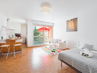Charming studio close to the train station - Air Rental