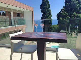 Taormina Apartment Sleeps 4 with Pool Air Con and WiFi - 5807307