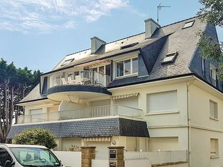 Beautiful apartment in Fouesnant w/ WiFi and 1 Bedrooms (FBF635)