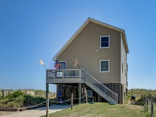 Shades of Blue | Oceanfront | Dog Friendly, Hot Tub | Kill Devil Hills