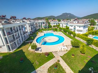 Hisar Park 2 Bed Apartment ;İ3