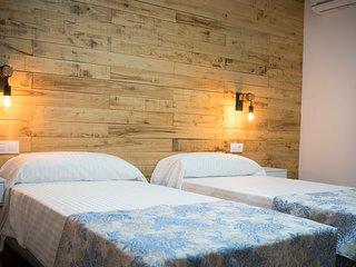 Casa señorial S. XIX en Monfragüe cama matrimonio habitación nº 5