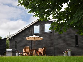 Cotswolds, cool barn, weekend retreat, quiet, country location.