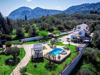 villa Claire, Gastouri - Benitses -TOTAL PRIVACY close to resort