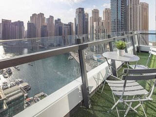 Stellar views of Dubai Marina! 3BR Paradise