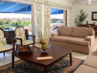 1 Bedroom Beautiful Marina View Apt