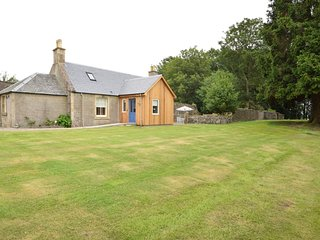 75868 Cottage situated in St Andrews (11mls W)