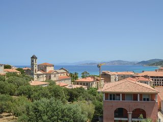 Stunning apartment in Ile Rousse w/ 1 Bedrooms