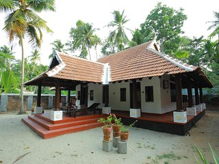 PNA Resort Cottage Kodungallur