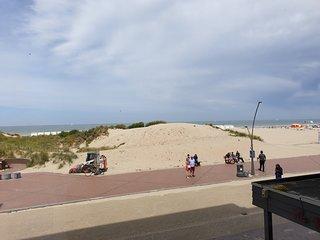 Appartment with seaside view at Oostduinkerke