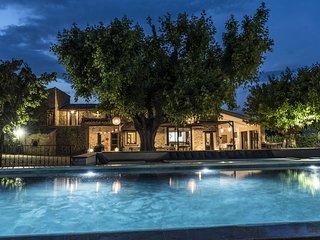 Propriété 5* 600 m², 4 à 34 pers. 13ch. piscine 20 m.Spa-Sauna-Hammam.
