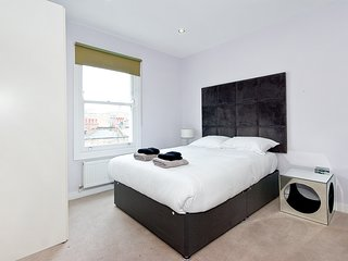Modern 2 bedroom 2 bathroom Marylebone apartment