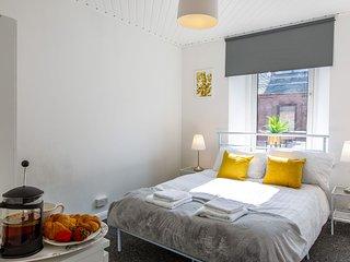16E Courtyard Apartment - 16E Courtyard Apartment