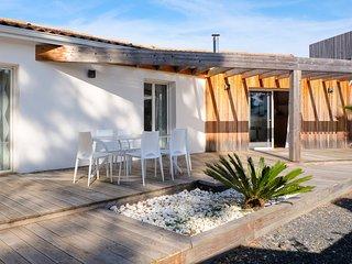 5 bedroom Villa with WiFi - 5809990