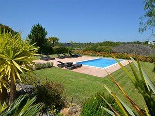 Quinta do Lago Villa Sleeps 10 with Pool Air Con and WiFi - 5809978