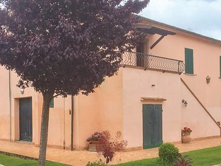 Nice apartment in Albinia Orbetello w/ WiFi and 3 Bedrooms