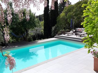 Sandra Exclusive Guest House with a private Pool