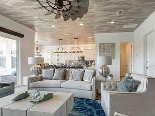 ~~ 20% OFF 2019~~ Brand New Luxury Private Home W/ Golf Cart