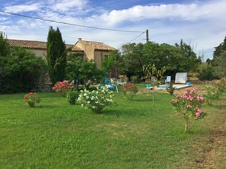 LS2-346 BONUR - Rental in Cavaillon with pool and great garden, 5sleep