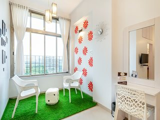 Relaxing 2 Bedrooms + Asian Heart institute