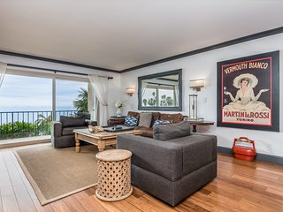 The Oceano - 40-3 Beachfront Apartment
