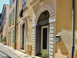 Stunning apartment in La Ciotat w/ WiFi