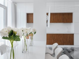 LUXARY 3 BEDROOM APARTMENT IN ARKADIA
