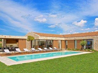 Modern Villa Terra Biancha, in Istria, with a Pool