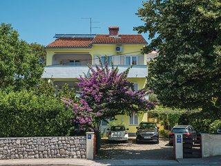 Awesome apartment in Mali Losinj w/ WiFi and 3 Bedrooms