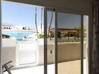 Poolside apartment in Costa Silencio