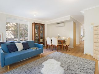 Family-friendly apartment in cool, central area