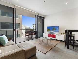 Well-Equipped Apartment Just Outside CBD