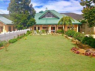 Samovin Gardens