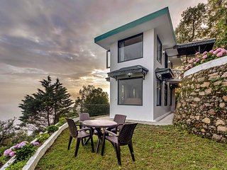 Cottage 1 at Deodar Estate by Vista Rooms